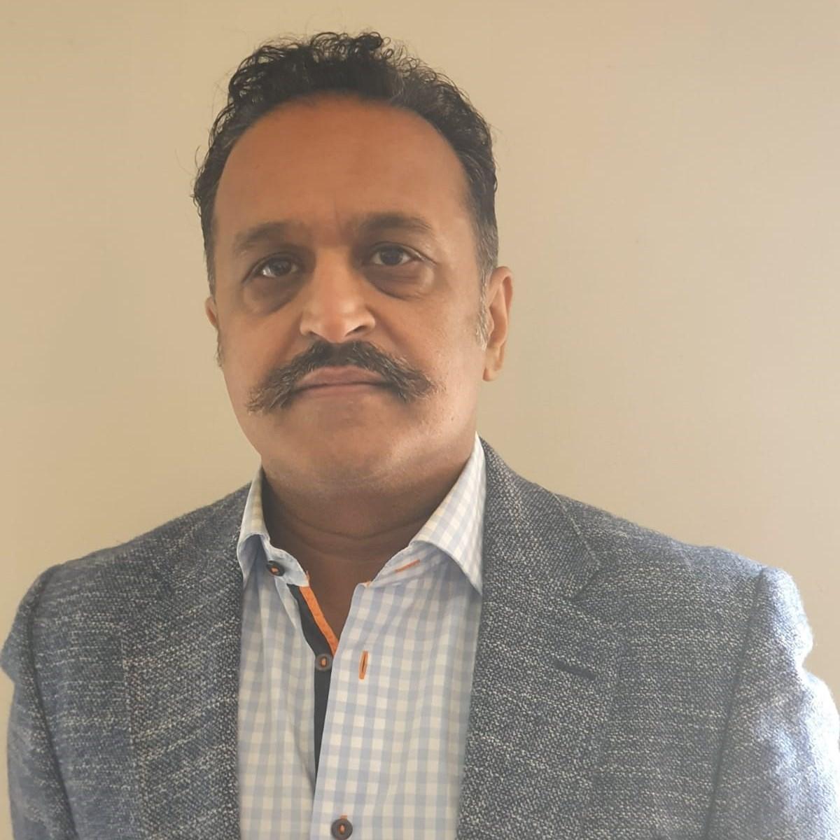 Sandeep Kamdar<br /> Financial Adviser